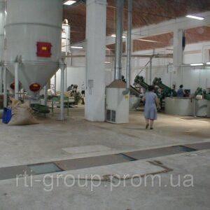 Нанесение промышленного пола материалом  Resimac - в Украине - РТІ Україна