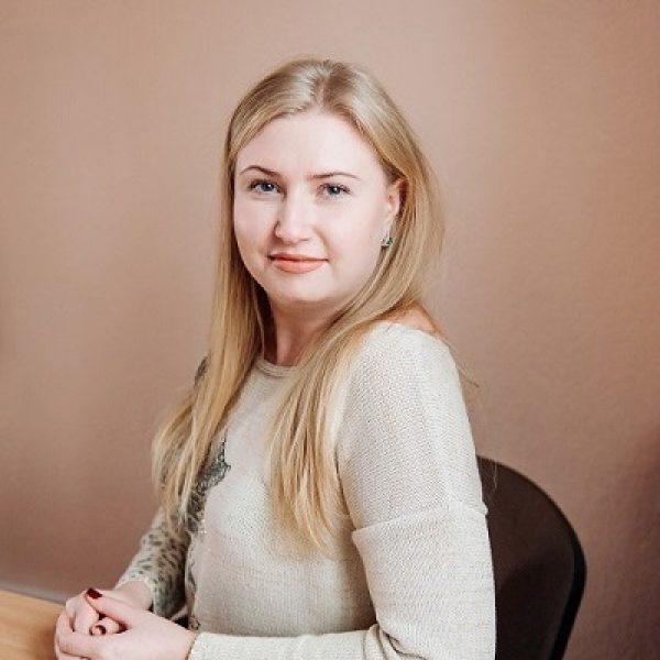 Клочківстка Наталія (керівник відділу логістики)